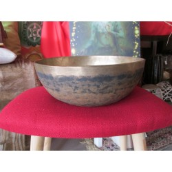 T034 Singing Bowl E2 84 HZ