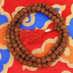 Mala Rudraksha 108 grani con nappina rossa